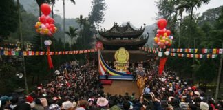 lê hội chùa Hương