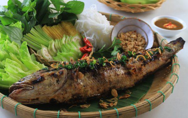 Cá Lóc nướng trui-món ăn đặc sản miền Tây Nam Bộ