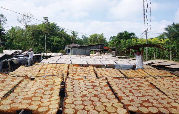 làng nghề Bánh phồng Phú Mỹ