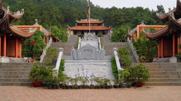 Chùa Côn Sơn - điểm du lịch nổi tiếng ở Hải Dương