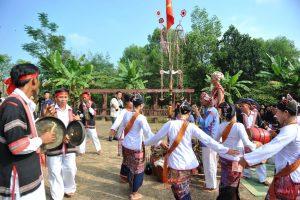 lễ hội cầu mưa của đồng bào Chăm H'Roi
