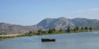 """Sông Đắk Bla """"huyền thoại"""" dòng sông chảy ngược"""