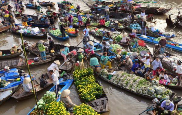 Phong Điền - khu chợ nổi miền Tây độc đáo