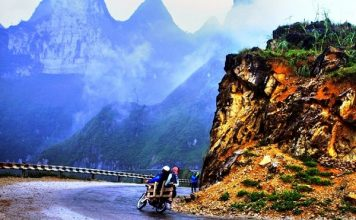 Kinh nghiệm đi du lịch bằng xe máy an toàn bạn nên biết?