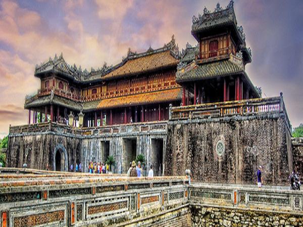 Kinh Thành Huế đứng đầu trong các danh lam thắng cảnh Huế