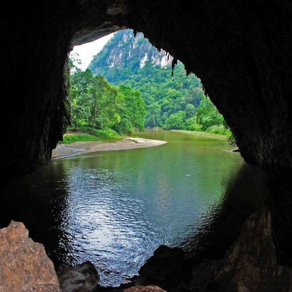 Du lịch hồ Ba bể đi thăm quan những nơi nào?