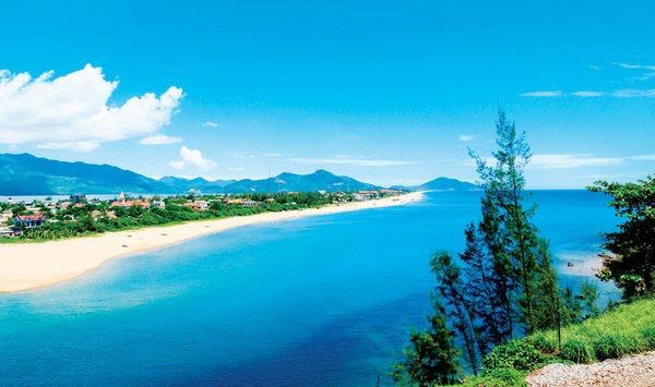 Bãi biển Lăng Cô - các danh lam thắng cảnh huế