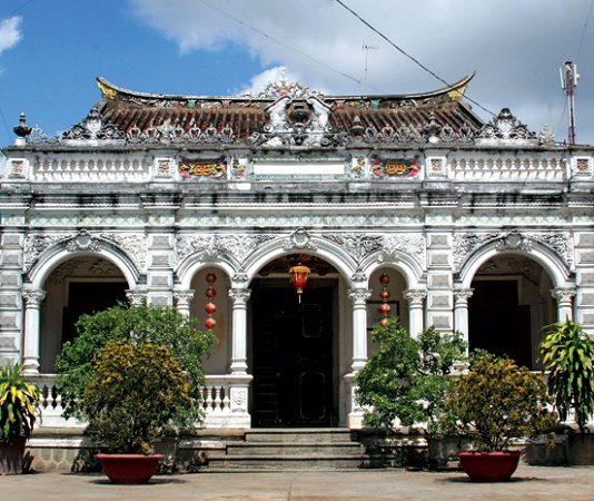 Kiến trúc độc đáo nhà cổ Huỳnh Thủy Lê