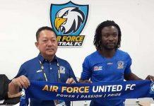 Cầu thủ nhập tịch Lê Văn Tân sang Thái Lan thi đấu