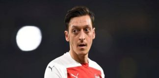Ozil sẽ phải rời Arsenal